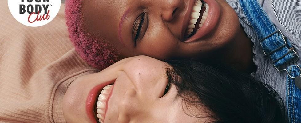 LYBC Zwei lachende Frauen