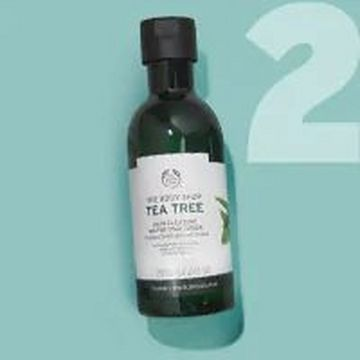 Bottle Of The Body Shop Tea Tree Skin Clearing Mattifying Toner