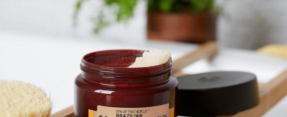 Le gommage nourrissant à l'huile de capuaçu du Brésil Spa of the World™ de The Body Shop