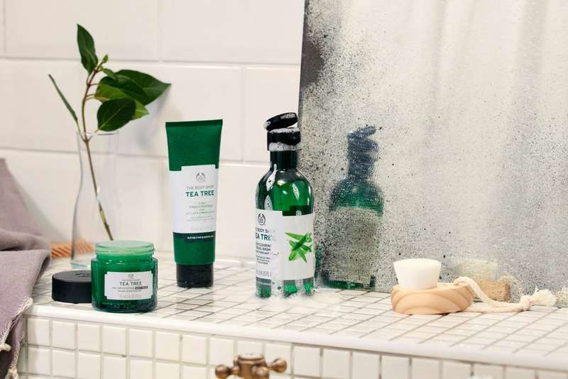 The Body Shop Tea Tree-produkter på hylla