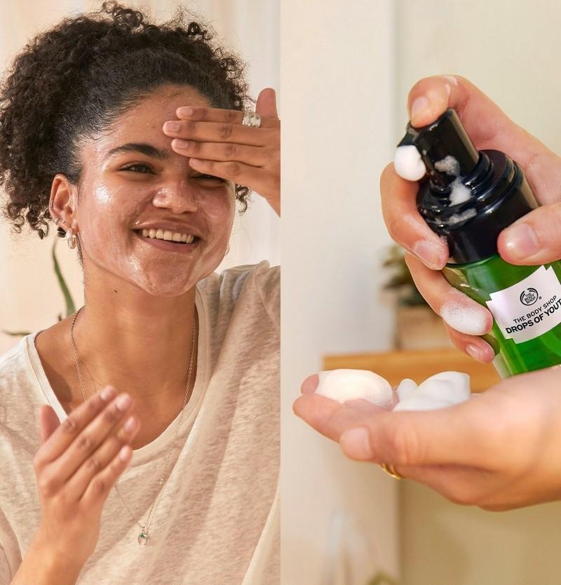 Model using face wash