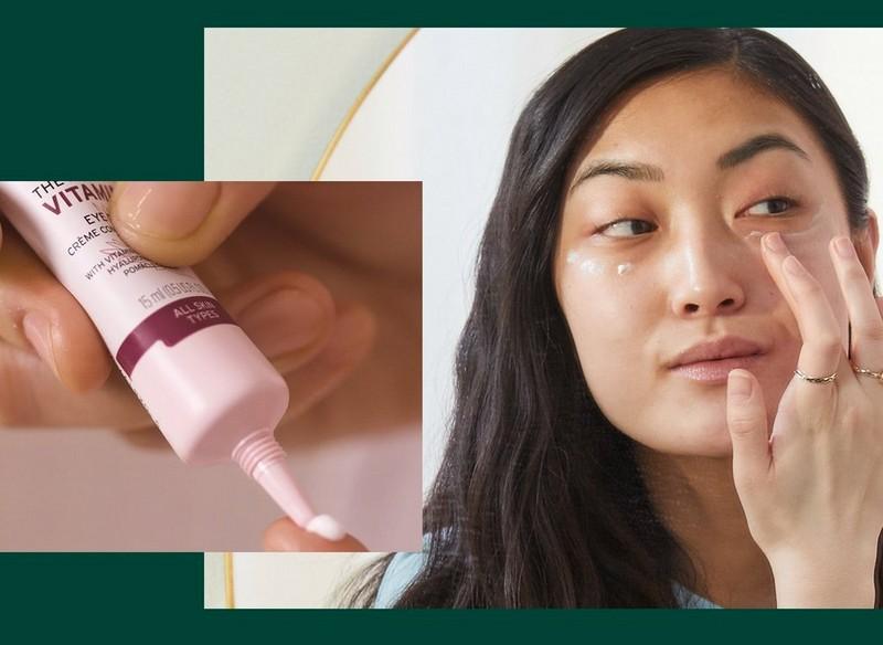 Augencreme in Verwendung