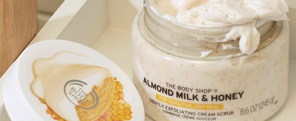 Almond milk scrub