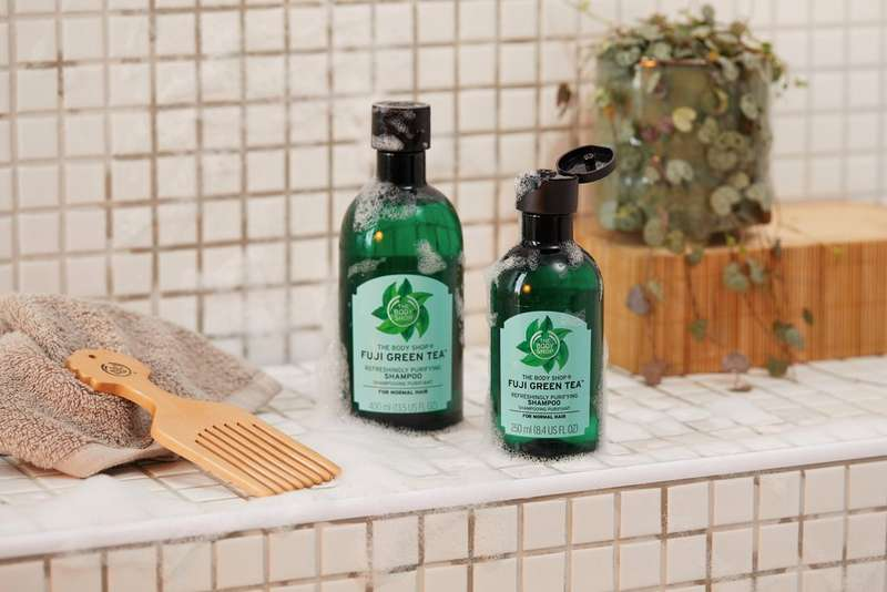 THE BODY SHOP FUJI GREEN TEA REFRESHING PURIFYING SHAMPOO