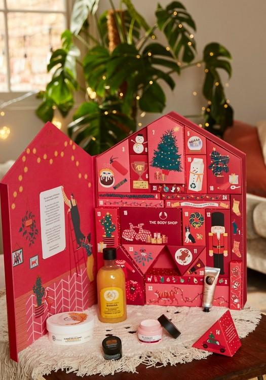 Dream Big This Christmas Beauty Advent Calendar  van the Body Shop