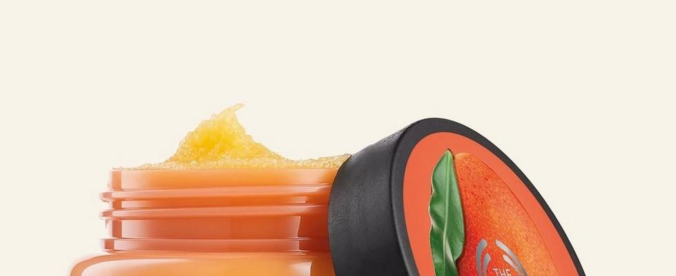 Gommage corporel exfoliant au sucre à la mangue de The Body Shop