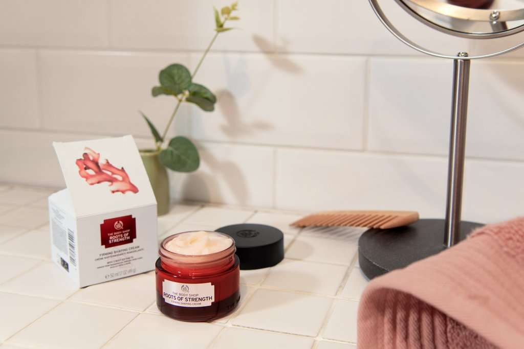 The Body Shop Roots of Strength™ Straffende Tagescreme