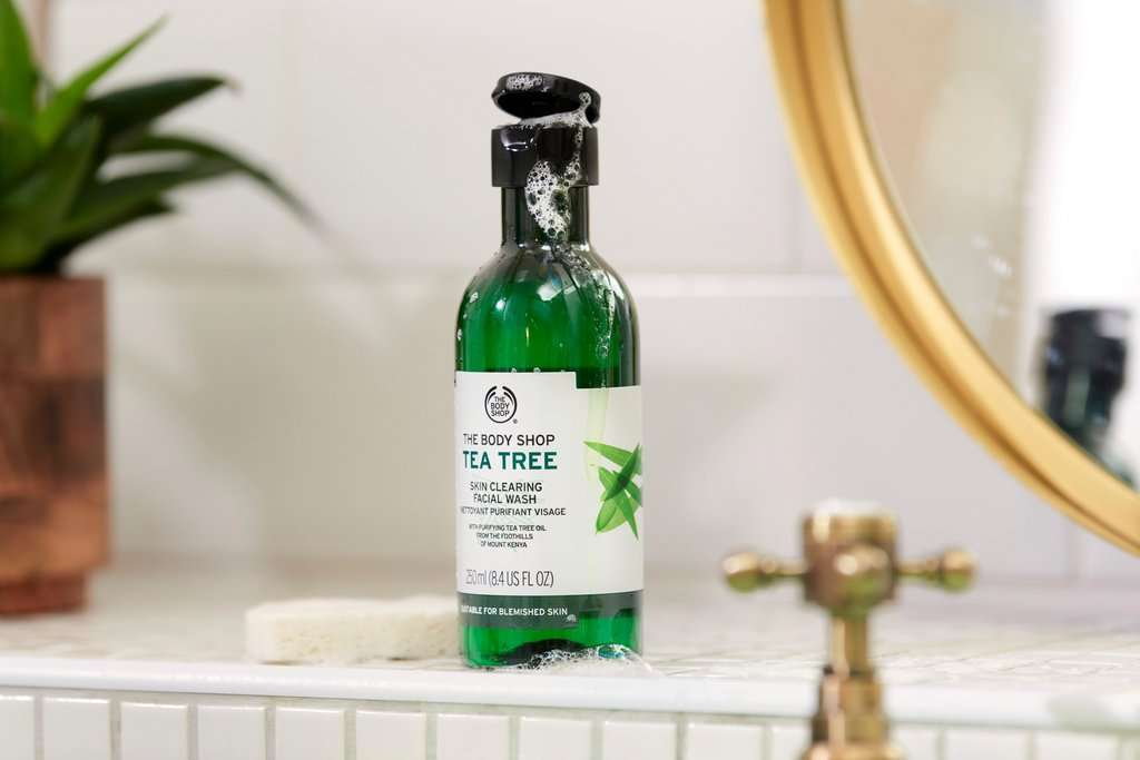 Limpiador Facial Purificante Árbol de Té de The Body Shop