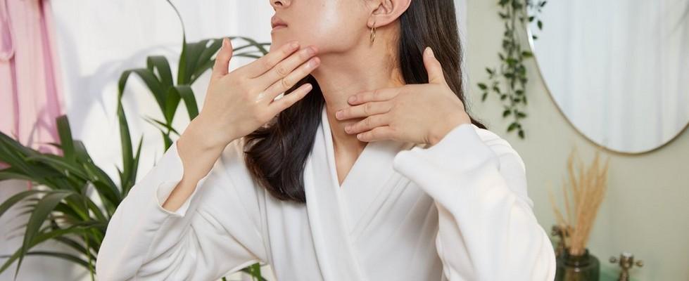 Woman using applying overnight serum