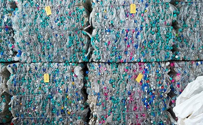 Recycling von gepresstem Plastik