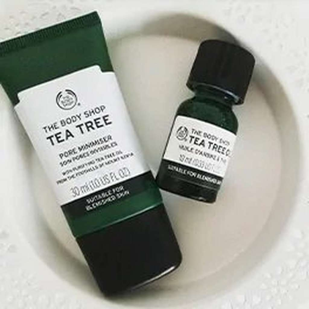 TWO BODY SHOP TEA TREE OIL PRODUCT